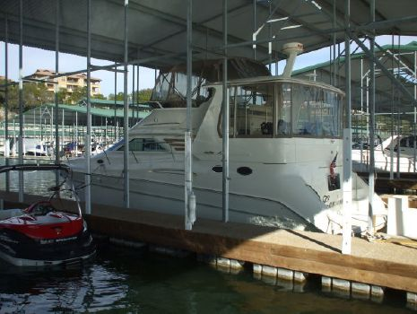1999 Sea Ray 420 Aft Cabin Photo 1
