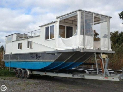2009 Custom-craft 35 Houseboat 2009 Custom 35 Houseboat for sale in Venice, LA