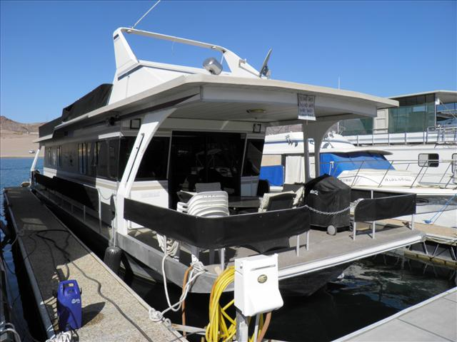 1989 JAMESTOWNER 14x60 House Boat