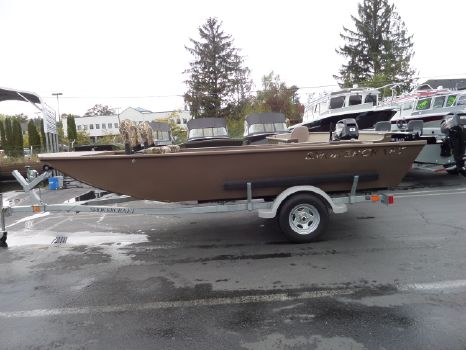 2014 Smoker-craft Sportsman