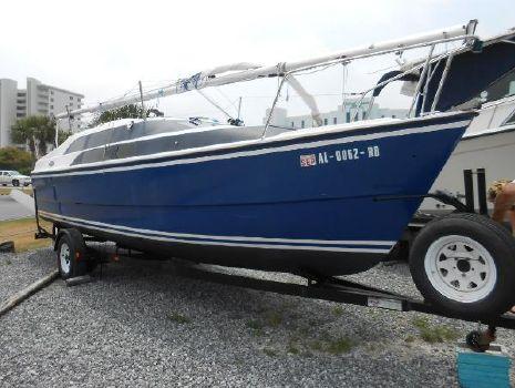 2004 McGreggor 26 Power Sail