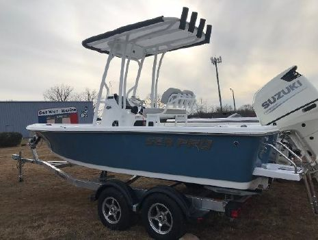 2018 SEA-PRO 208 DLX Bay Series