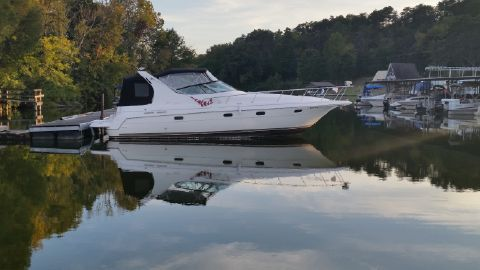 1998 Cruisers Yachts 3375 Esprit