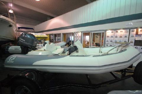 2016 Zodiac Yachtline 380DL NEO 50hp In Stock