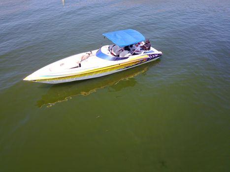 2007 Kachina Boats Force Open Bow