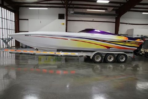 2001 SUNSATION 32 Dominator