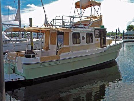 2014 Ranger Tug 31 CB Profile