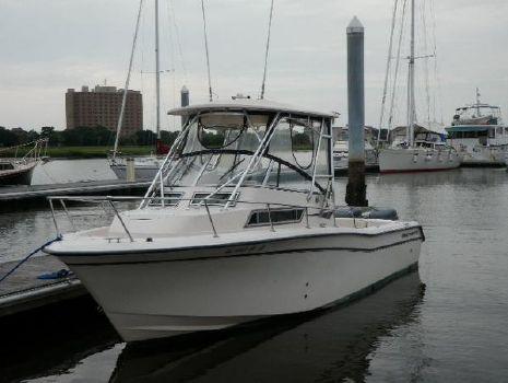 2001 Grady-White 268 Islander Profile