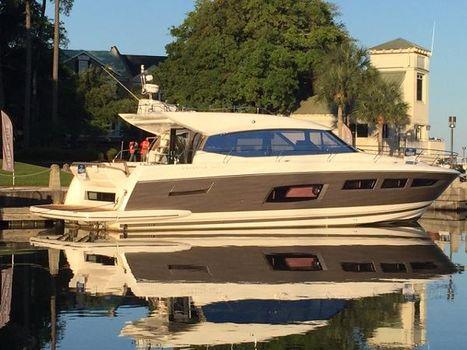 2015 Prestige Yachts 550S