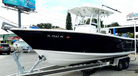 2012 Sea Hunt Gamefish 27
