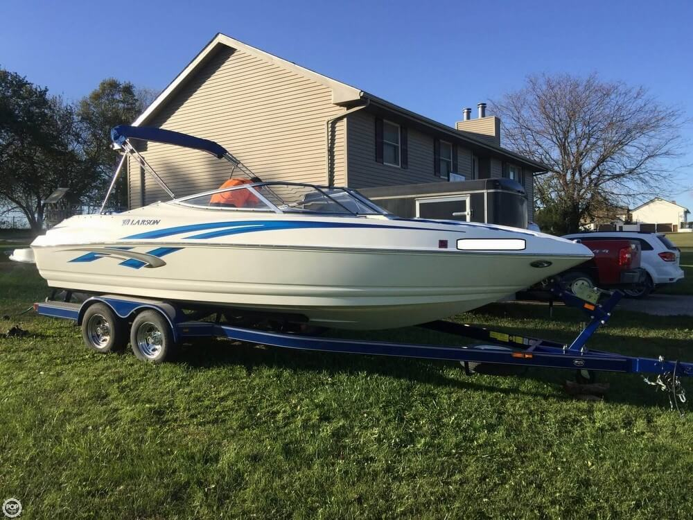 used 2009 larson senza 226 rayville mo 64084 boattrader com rh boattrader com Larson Boat Emblem Vintage Larson Boats