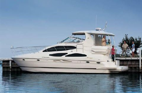 2004 Cruisers Yachts 405 Express Motoryacht Manufacturer Provided Image