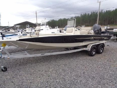 2016 Xpress Boats Hyper-Lift Bay Series H22B
