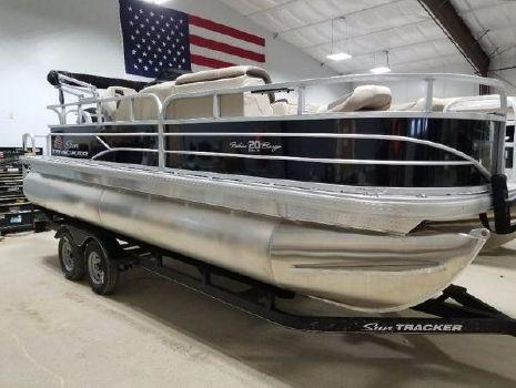 2018 Sun Tracker FISHING BARGE 20