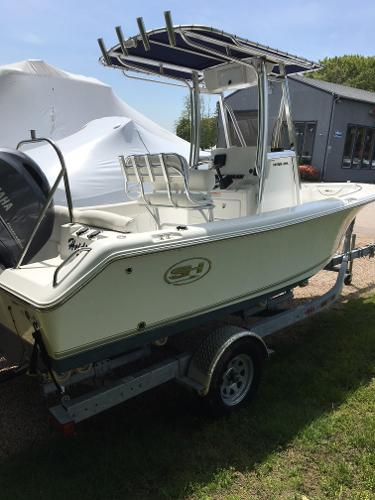 2016 Sea Hunt 195 ULTRA