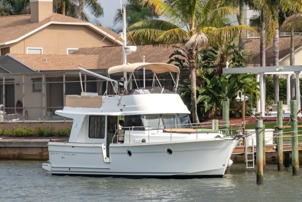Check out this 2015 BENETEAU Swift Trawler 34 on Boattrader com