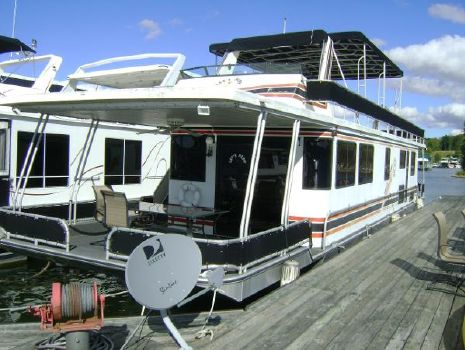 1997 LAKEVIEW YACHTS 62X14