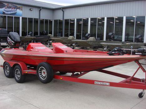 1989 Gambler Bass Boat 2100