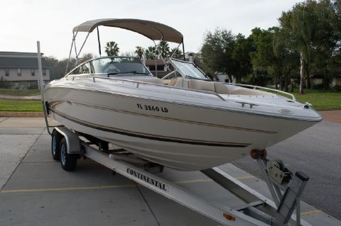 2000 Sea Ray Signature 230