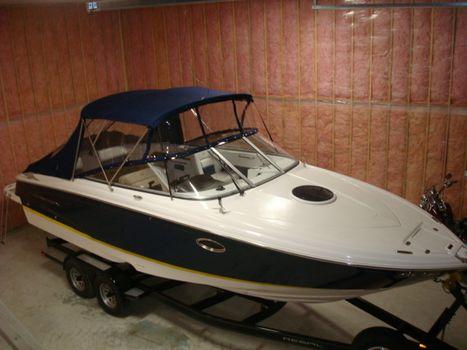 2007 Regal 2750 Cuddy