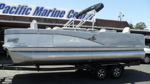 2017 Avalon Catalina Quad Fish 23-Mercury 90hp