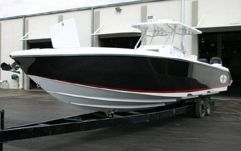 2011 CIGARETTE Top Fish