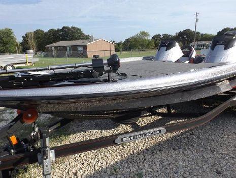 2016 Legend Boats V-21