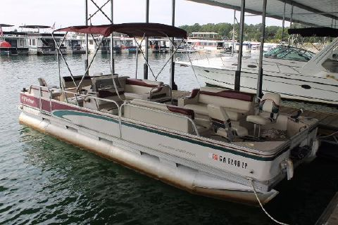 1997 Fisher Freedom 240