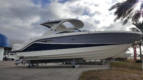 2017 Sea Ray 310 SLX Outboard