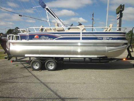 2015 Sun Tracker Fishin' Barge 22 XP3