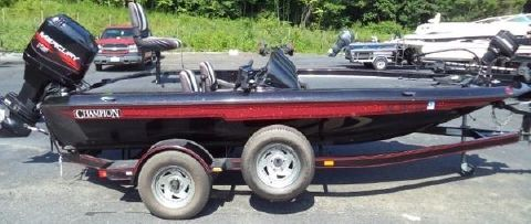 1996 Champion Boats 171