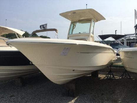 2016 Scout Boats 225 XSF Scout 225XSF with Yamaha F200XCA