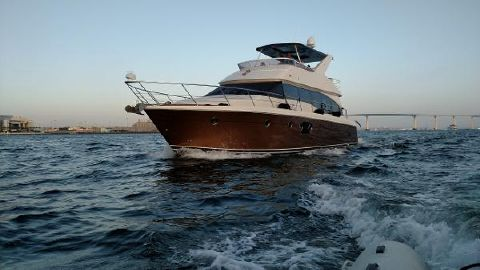 2012 CARVER YACHTS Voyager