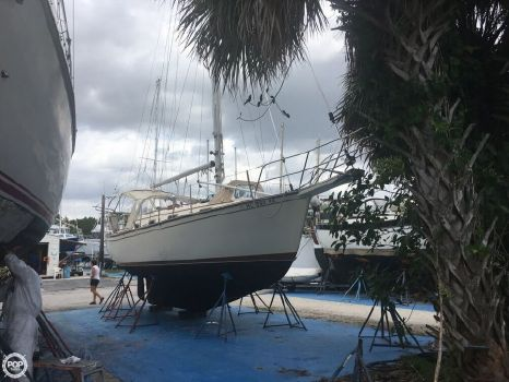 1986 Island Packet 31 1986 Island Packet 31 for sale in Indiantown, FL
