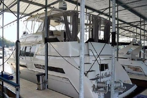 1997 Carver 405 Aft Cabin Motoryacht