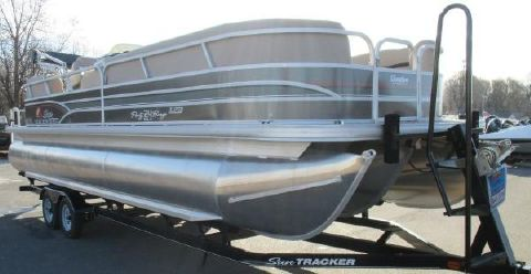 2015 Sun Tracker Party Barge 24 XP3