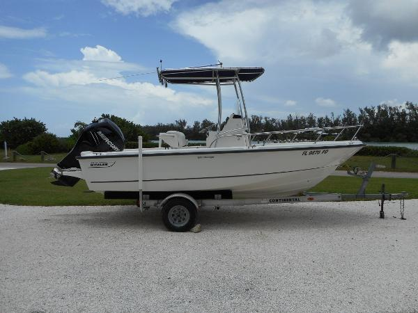 2010 Boston Whaler 190 Outrage