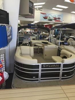 2017 Sylvan 8520 Cruise