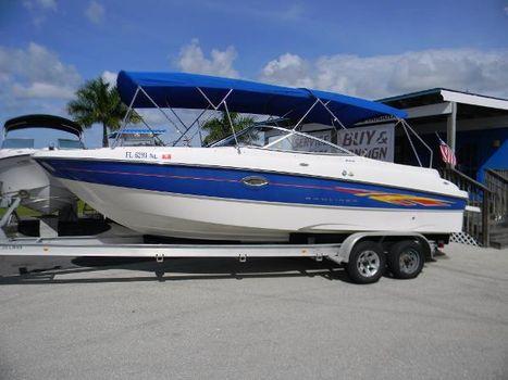 2007 Bayliner 245 Bowrider