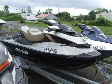 2009 SEA-DOO GTX Limited iS