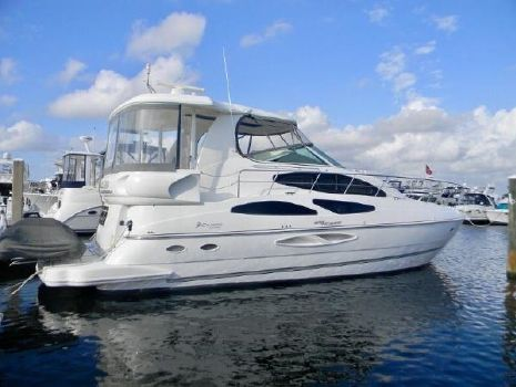 2006 Cruisers 455 Motor Yacht Profile