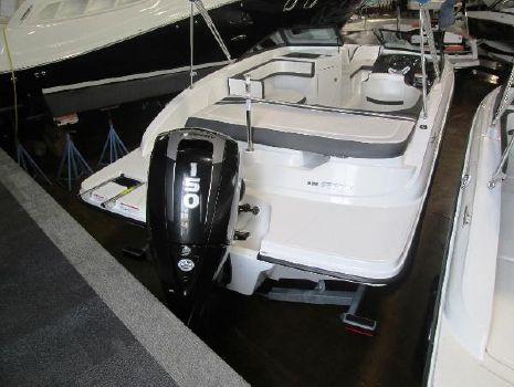 2016 Sea Ray 19 SPX Outboard