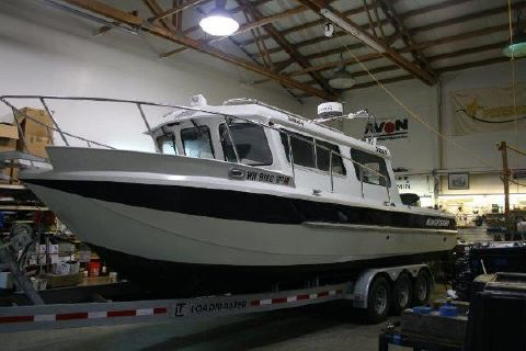2011 KingFisher 2825