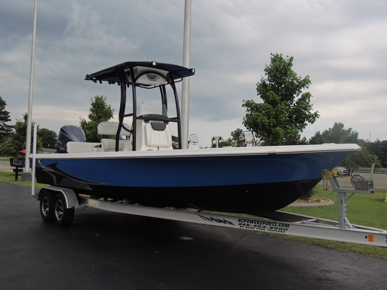 2016 Blue Wave 2400 Pure Bay