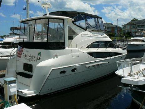 2005 Meridian 408 Motoryacht Profile