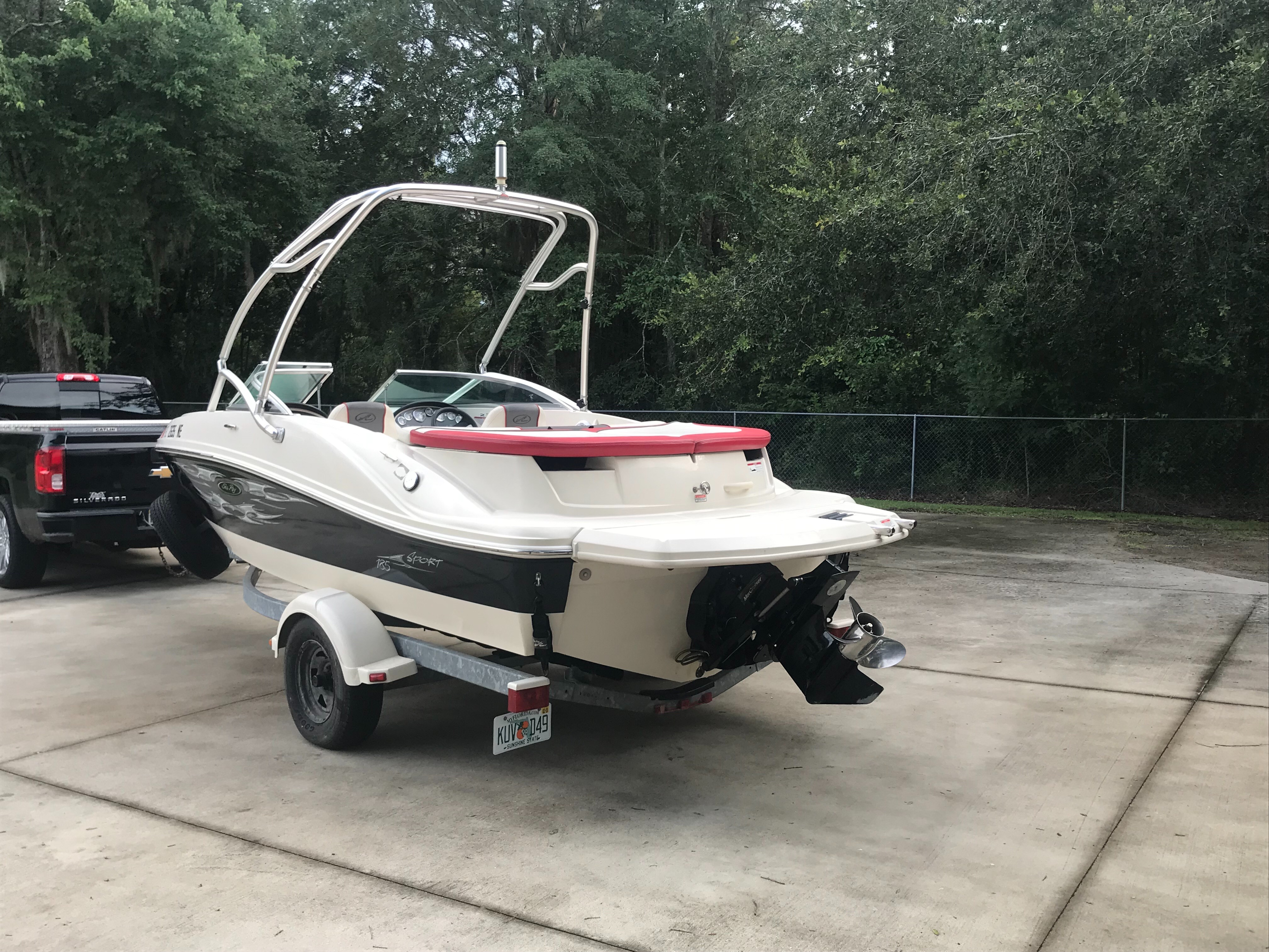 Check out this 2006 SEA RAY 185 Sport on Boattrader com
