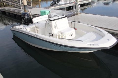 2015 Boston Whaler 18 Dauntless