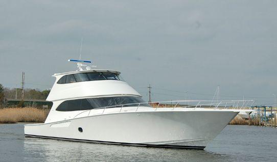 2015 Viking 82 Enclosed Bridge