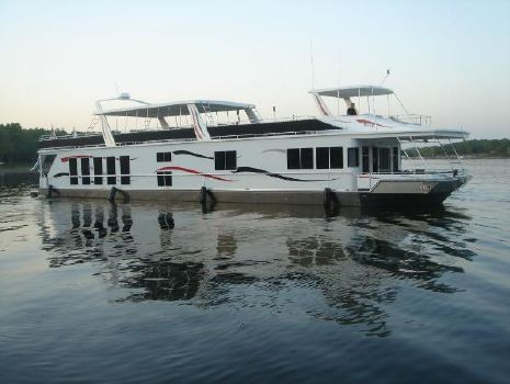 2006 Fantasy Houseboat 100 Wide Body 2006 Fantasy 100 Wide Body