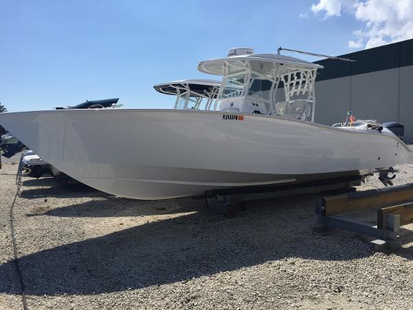 2014 Cape Horn 32 OPEN